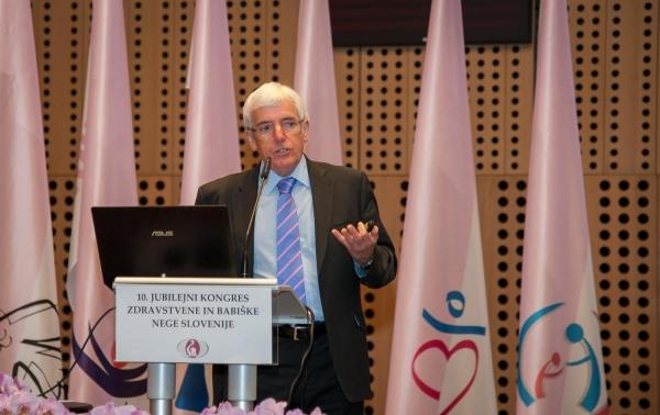 Izjava za javnost: Medicinske sestre in babice - strokovna skrb, človeška toplina in usmerjenost v optimizacijo zdravstva