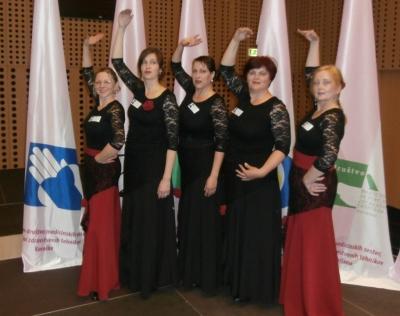 Plesalke DMSBZT Koroške s flamenkom ogrele občinstvo
